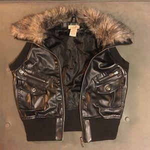 Paris Blues Leather Vest w/ Fur Collar (L)
